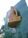 День Независимости в Таразе начался с возложения цветов к памятнику Кайрату Рыскулбекову