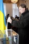 Елордада  украиндықтар Украин президентін сайлауға қатысуда