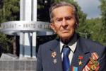 Герою Советского Союза Павлу Кольцову на 100-летний юбилей аким ВКО подарил автомашину