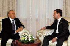 Президенты Казахстана и России обсудили тематику предстоящего заседания Совета глав государств-членов ШОС