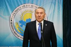 Нурсултан Назарбаев сдал экзамен на знание казахского языка