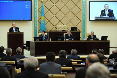 Нұртай Әбіқаев ҚР Ұлттық қауіпсіздік комитетінің төрағасы қызметіне қайта тағайындалды