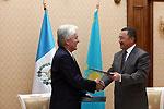 Казахстан установил дипломатические отношения с Гватемалой