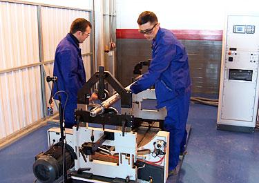 В Атырау Н.Назарбаев побывал на заводе по выпуску металлопластиковых труб компании «Шеврон»
