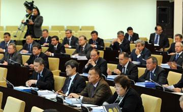 Сенат газ және газбен жабдықтау туралы заңды қабылдады