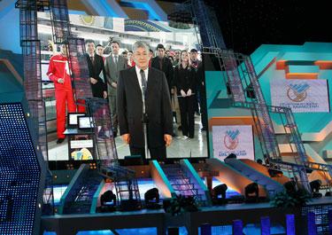 Президент РК запустил завод по производству планшетных компьютеров в Мангыстауской области