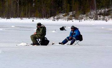 В Атырау рыболовов на месяц лишили любимого вида отдыха