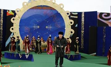 Әз-Наурызға орай Астанадағы басты салтанатты шаралар «Қазақ елі» монументінің алдында өтіп жатыр