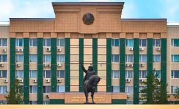 Аким Актюбинской области посетил пансионат и медресе