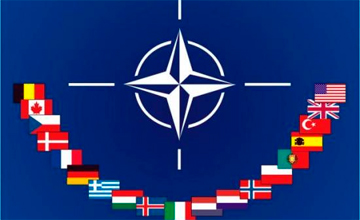 2014 jyly Aýǵanstannan halyqaralyq koalıtsııa áskerin shyǵarylǵan soń NATO bul eldegi jańa mıssııasyna kirisedi