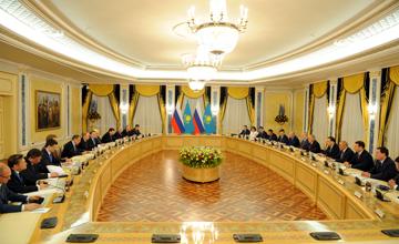 Подписано Соглашение о безвизовом нахождении граждан приграничных районов Казахстана и России в течение 30 суток в каждой стране - Н. Назарбаев
