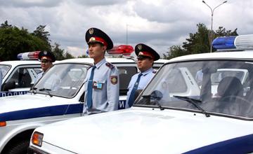 В Атырау полицейские получили 70 единиц спецтехники