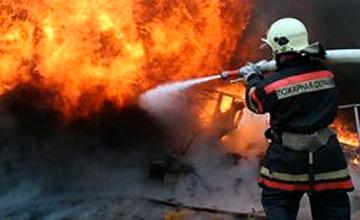 На Атырауском НПЗ продолжается ликвидация пожара