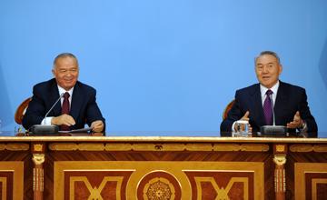 Н.Назарбаев: Мы посылаем еще один «братский привет» соседям, которые «сидят» в верховьях рек Сырдарья и Амударья