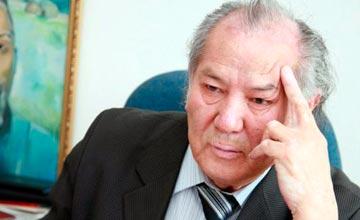 Дулат Исабеков стал лауреатом Международной премии им. Чингиза Айтматова