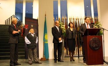 Казахстанский Проект АТОМ презентован в Гааге в Организации по запрещению химического оружия