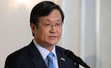 Пэк Чу Хен: Самое главное решение Президента РК - это отказ от ядерного оружия