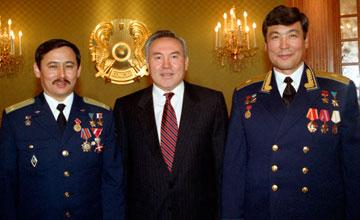 Прокладывая путь к звездам - наш Первый Президент вошел в Историю и как первопроходец казахстанского космоса