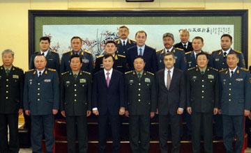 Компании военно-промышленного комплекса Китая заинтересованы в приобретении казахстанской продукции военного назначения - А.Джаксыбеков