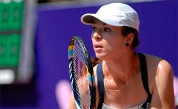 Galina Voskoboeva looses to tennis champ Kerber in Sydney