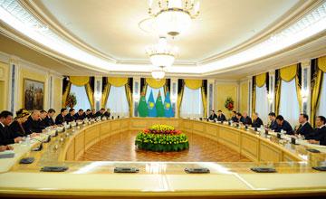Президенты Казахстана и Туркменистана договорились об открытии консульств Туркменистана в Актау и Казахстана -  в Туркменбаши