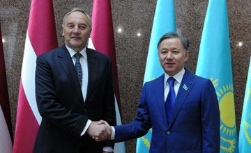 Н. Нығматулин: Қазақстан Парламенті үшін Латвия балтық аймағындағы стратегиялық әріптес