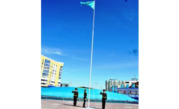 Государственная символика - это гордость всего нашего народа - Халық Қаhарманы Б.Ертаев