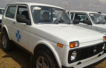 Актюбинским ветеринарам вручили ключи от 163 автомашин