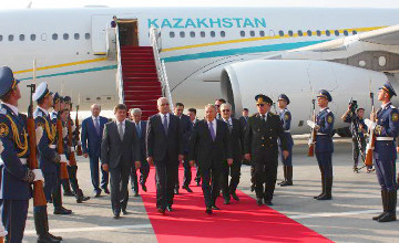 Nazarbayev to hold bilateral meetings in Baku