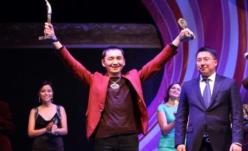 Кубок Президента РК на фестивале «Шабыт» получил мастер декоративно-прикладного искусства из Алматы