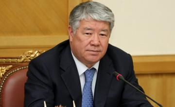А.Есімов Алматыдағы азық-түлік жәрмеңкесінде болды
