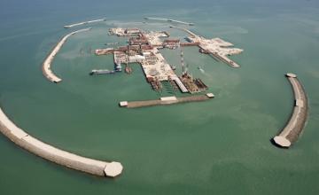 Добыча нефти на Кашагане может начаться на месяц раньше запланированного срока - К.Бозумбаев