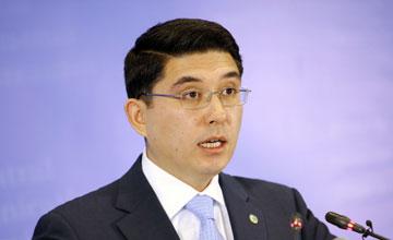 Скоро казахстанцы смогут оплачивать долги и штрафы в аэропортах - А.Абибуллаев