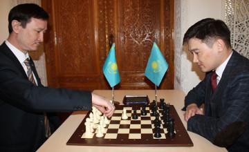 Дипломаты США в Ташкенте обыграли в шахматы коллег из других стран