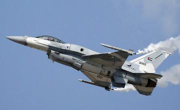 США перебросят в Польшу 12 истребителей и 300 солдат