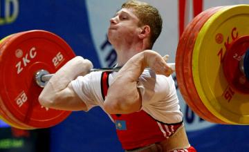 Два казахстанца стали чемпионами Азии по тяжелой атлетике