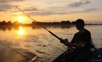 В Атырауской области вступил в силу запрет на любительское рыболовство