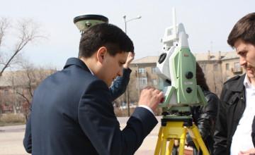 Памятник Ленину в Караганде просканировали швейцарским лазерным аппаратом (ФОТО)