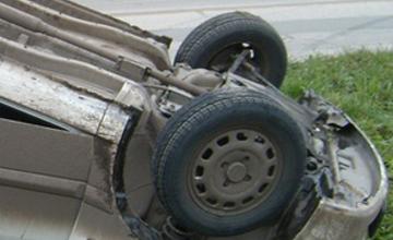 На трассе Семей-Бородулиха перевернулась иномарка, погибла женщина