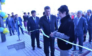 В Усть-Каменогорске открылся крытый бассейн мирового уровня