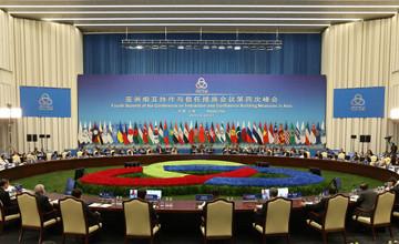 Президент Казахстана предложил перенести штаб-квартиру проекта Шелкового пути в Алматы