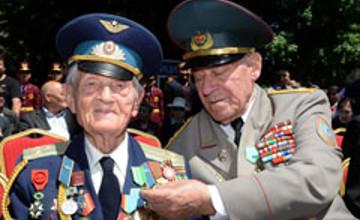Алматыда армия генералы С. Нұрмағамбетовтің 90 жылдығына орай мерейтойлық медальдар табысталды