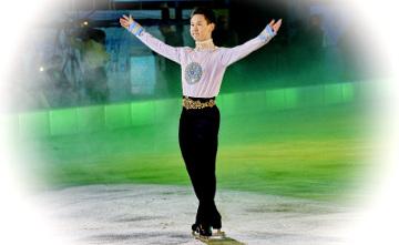 Свои лучшие номера показали чемпионы на ледовом шоу Дениса Тена в Алматы