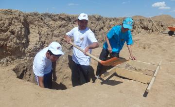 Уникальные находки обнаружены в кургане эпохи сарматов в Атырауской области