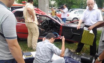ШҰҒЫЛ: Алматыдағы жантүршігерлік жол апаты (ФОТО)