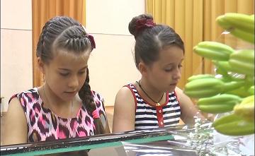 Юные пианистки из Петропавловска заняли первое место на международном фестивале в Австрии