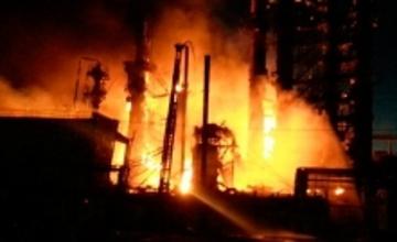 В Ливии горит резервуар с 6 млн литров нефти