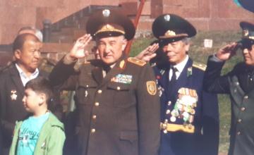 Делегации Казахстана и Кыргызстана в Москве отдали дань уважения павшим в Великой Отечественной войне (ФОТО)