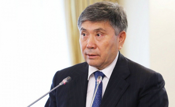 U. Karabalin doesn't rule out another lowering of petrol prices in Kazakhstan