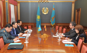 Kazakh Defence Minister, Spanish Ambassador debate military coop issues